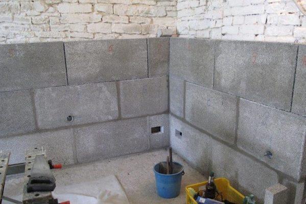 Zatepleni vlhkého zdiva v interiéru, deska Styrcon